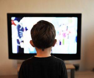 Ekrani, socijalizacija i verbalni iskaz dece